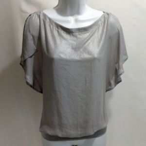 Cache silver top gray blouse m split short sleeve